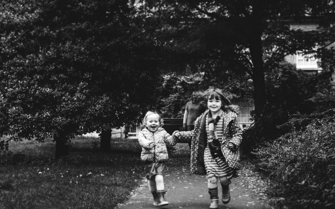 NORTHAMPTONSHIRE FAMILY PHOTOGRAPHY | JULIE, GARETH, EVIE & LILY